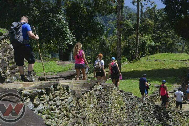 excursion ciudad perdida con guias indigenas