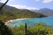 crystal beach santa marta